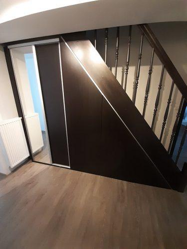 skříň pod schody Pardubice